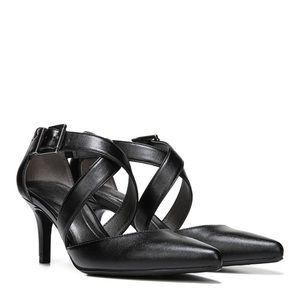 Lifestride crisscross strap detail high heel